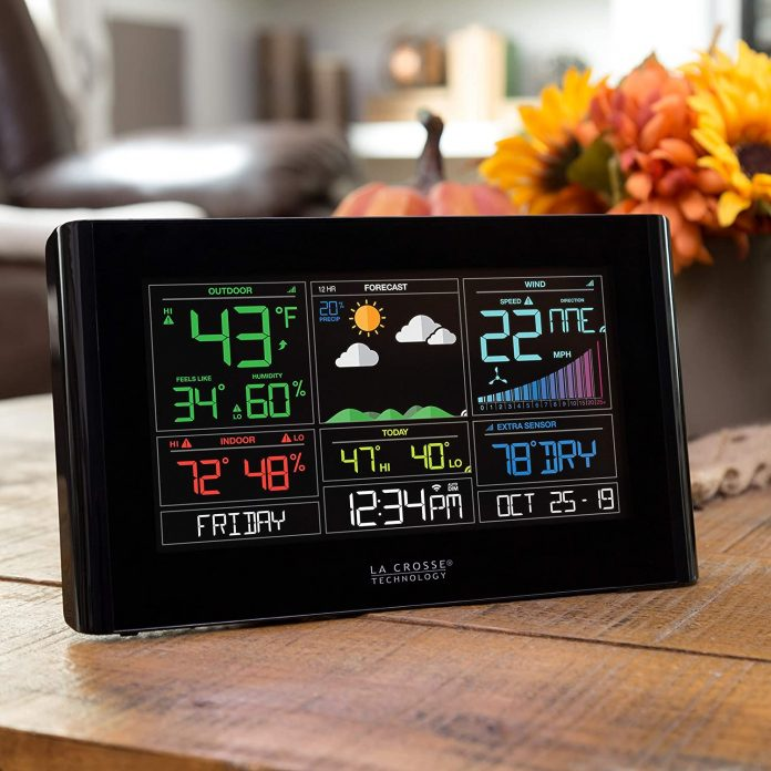 Connected Weather Station: La crosse Technology.
